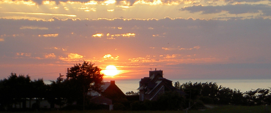 Das Ferienhaus bei Sonnenuntergang